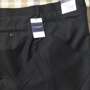 NWT Roundtree & yorke flat front 42/30